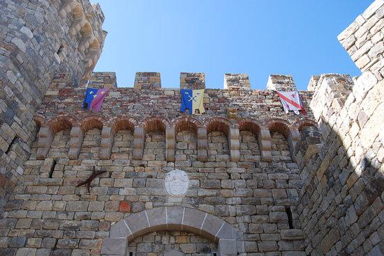 Castello di Amorosa: exterior