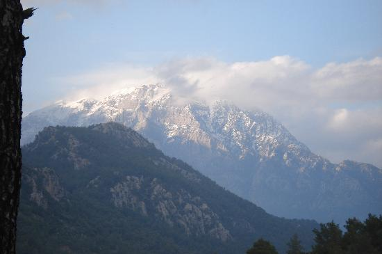 Ottoman Palace Hotel: Mountains like in the Alps