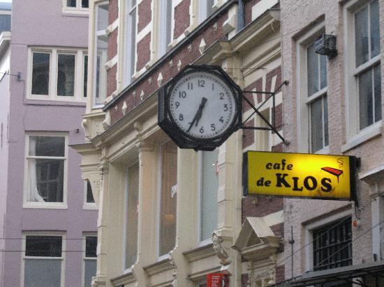 Cafe de Klos : Outside the restaurant