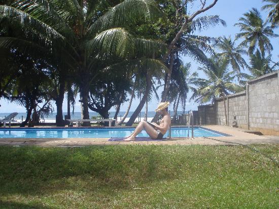 Mawella Beach Resort: me relaxing