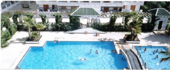 Vinamar Apartments 1-6: This is the pool at our apartment in La Mata