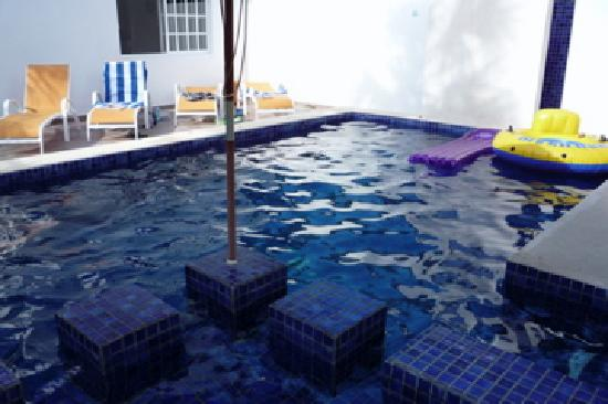 Villa Escondida Bed and Breakfast: The most beautiful swimming pool in Cozumel