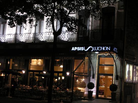 Alti Hotel: façade