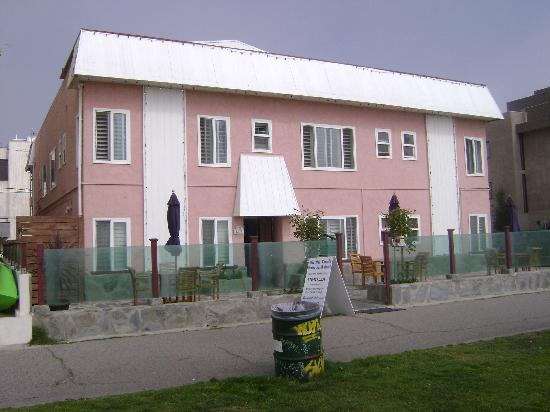 The front of Venice at the Beach Hotel