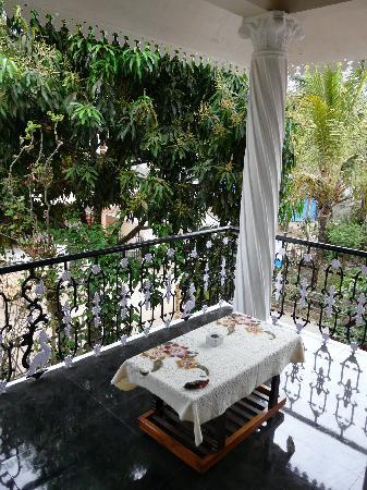 Thekkady Inn : private balcony