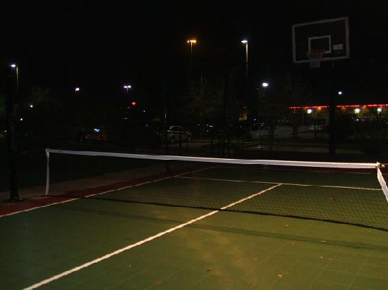 TownePlace Suites Houston North/Shenandoah: Tennis/Basketball court