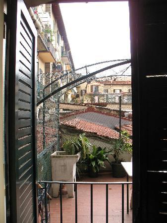 Hotel Victoria : La chambre donnant sur la terrasse