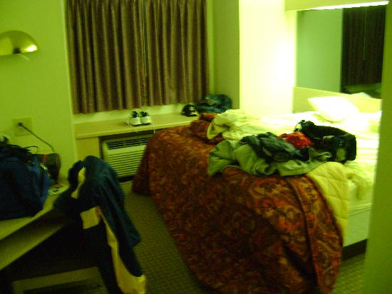 Econo Lodge Sevierville: room size