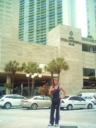 InterContinental Miami: frente al hotel