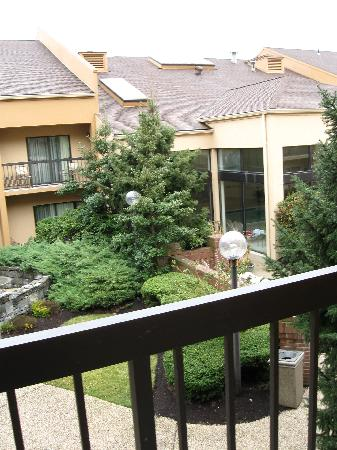 Courtyard Tarrytown Greenburgh : View from room