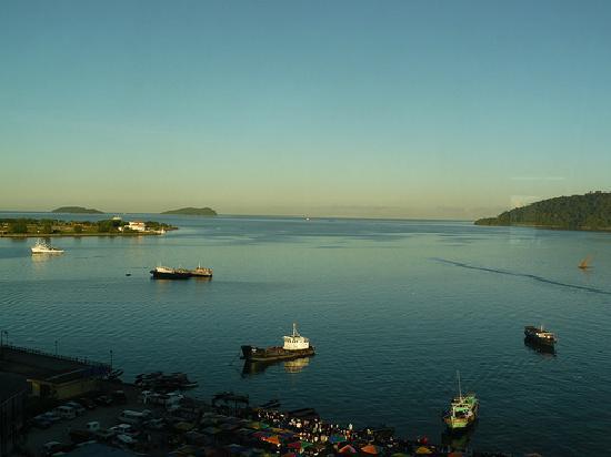 Le Meridien Kota Kinabalu: Sunrise from the hotel room