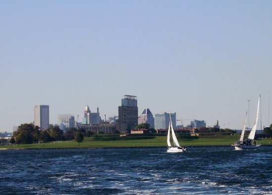 Baltimore, MD : City behind Ft. McHenry