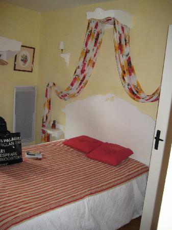 La Maison Du Lierre: room 1