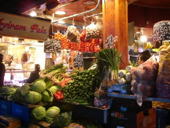 Hotel SERHS Rivoli Rambla: Boqueria, Just over the road. Check out the wine cellar!