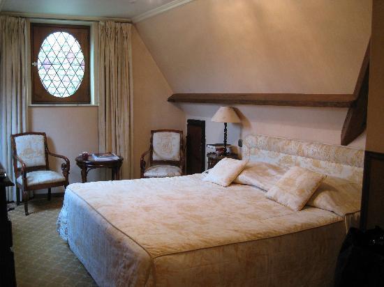 Hotel Prinsenhof Bruges: Room made up during the day