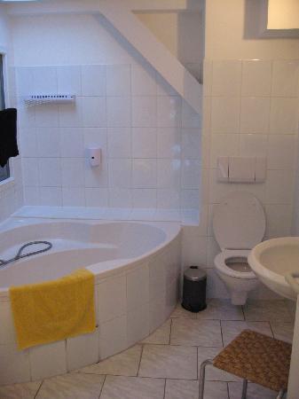 Remise Blumberg: Bathroom