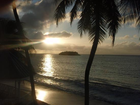 Villa Beach Cottages : Sunset