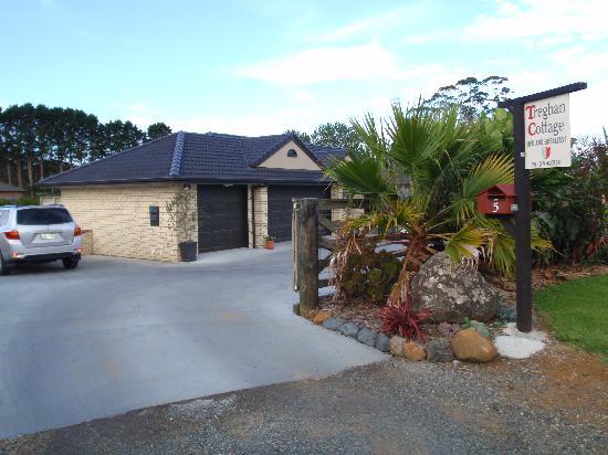 Treghan Luxury Lodge: Treghan Cottage Einfahrt