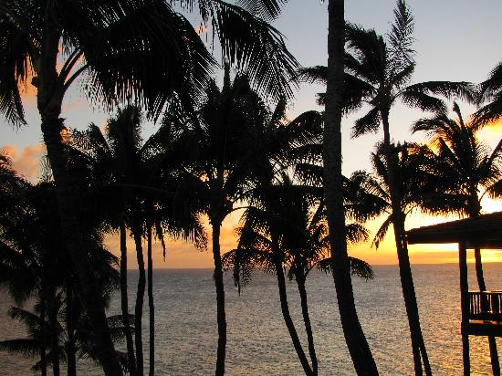 Poipu Palms Condominiums: Sunset view from the lanai of Poipu Palms 301