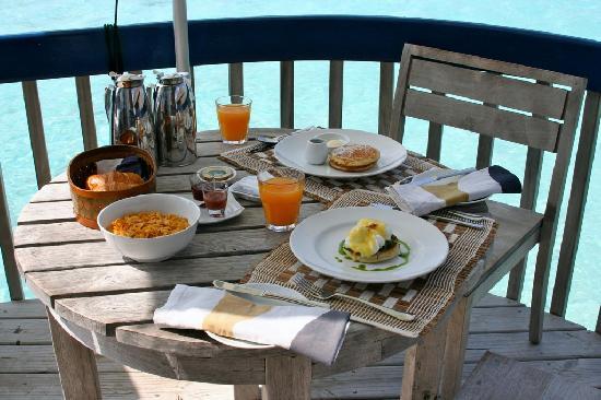 COMO Cocoa Island: Breakfast