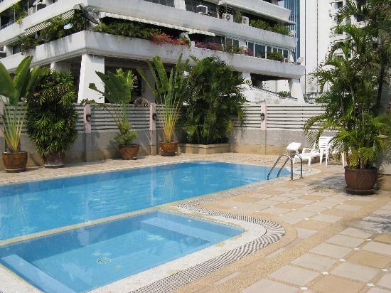 Shangarila Suite : Pool Area