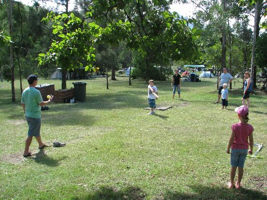 Mt Barney Lodge Country Retreat: Games
