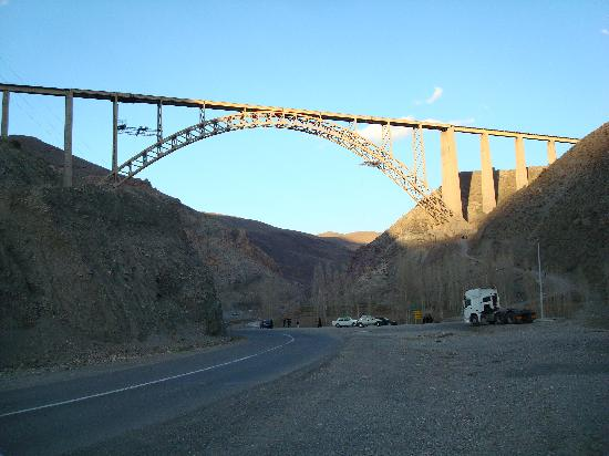 Khoy, Iran: Qotur railway bridge