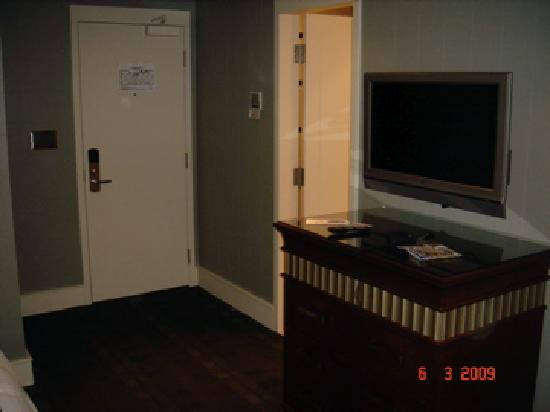 St. Regis Hotel: Room 1