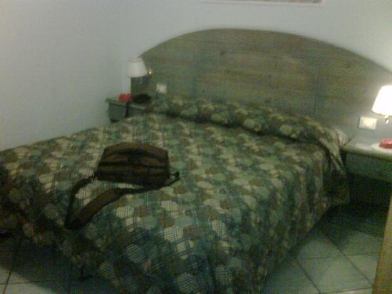 Hotel Potenza : letto