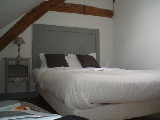 Domaine de Bellevue : Le lit en mezzanine