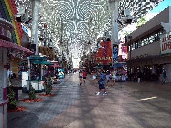 Main Street Station Hotel & Casino: Fremont Street