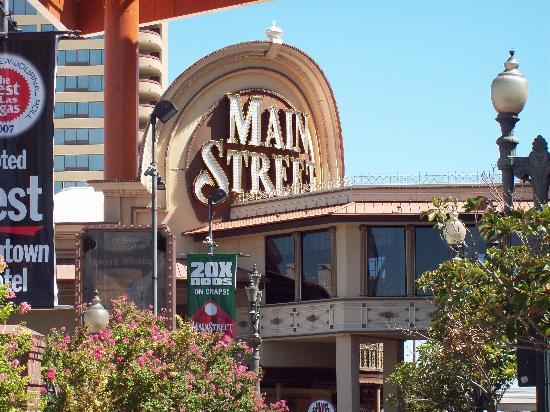 Main Street Station Hotel & Casino: looking good!