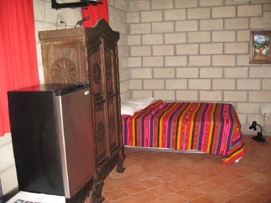 El Bosque Hotel: inside room