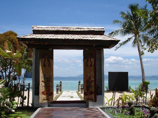 Koh Ngai Thanya Beach Resort: The reception