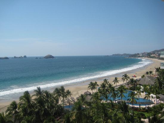 Villa Carolina Hotel: Beach!