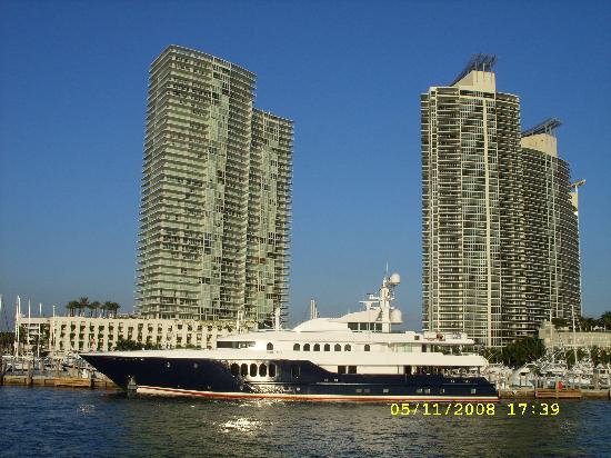 The Park Central: Ecco Miami:grattacieli e yatch...