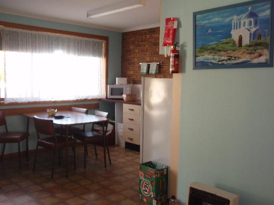 Marlo Caravan Park & Motel : Kitchen
