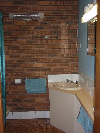 Marlo Caravan Park & Motel : Bathroom