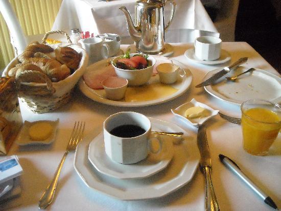 Firean Hotel: served breakfast