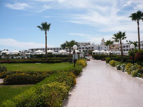 Baron Resort Sharm El Sheikh: the gardens