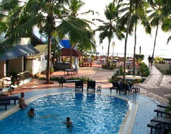 Pukutty Beach Resort Pool