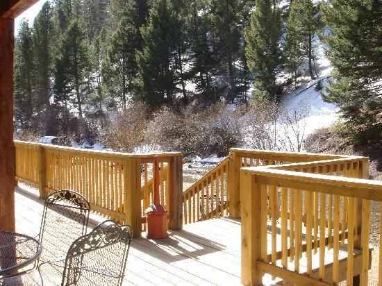 Best Western Rivers Edge: view from room of deck and river 03/2009