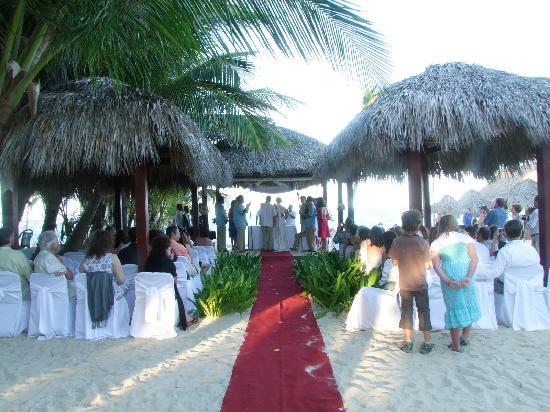 Beach Front Wedding Venue For Iberostar Punta Cana Dominicana