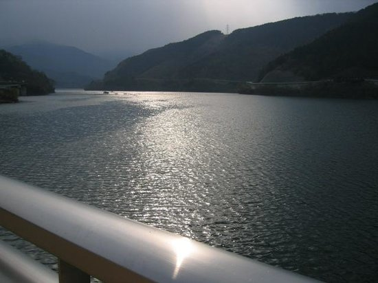 Kanagawa Prefecture, Japan: 宮ヶ瀬湖。こちらはなかなか良かった。