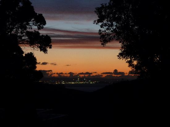 View43 & Citylights: Sunset over Auckland