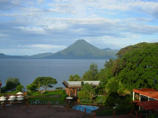 Porta Hotel Del Lago: Veiw of 2nd Volcano