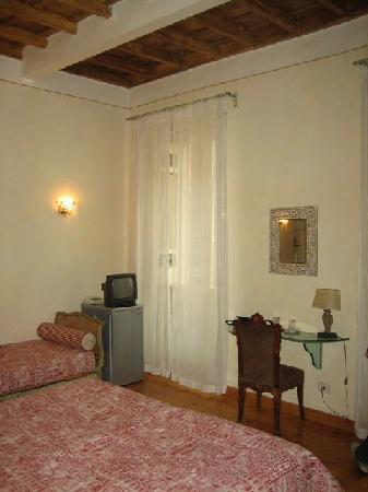 Residenza al Corso: triple room