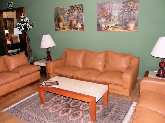 Hostal Residencia Don Diego: Hotel main lounge