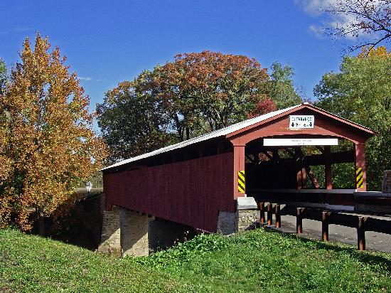 Bloomsburg, Pensilvania: Rupert Covered Bridge in the Fall