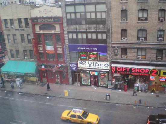View From The Room Picture Of Hilton Garden Inn Times Square New York City Tripadvisor